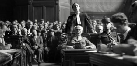 On dirait Pétain mais c'est en vérité le thug-traitre qui est au premier plan de cette photo
