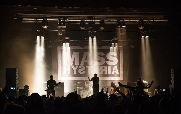 mass hysteria live